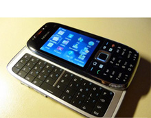 Смартфон Nokia E75 с QWERTY-клавиатурой