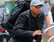 Chris Brown исключен из рекламной компании
