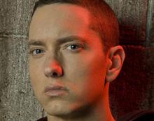 Eminem меняет амплуа